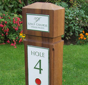 Pro Game Golf Signs